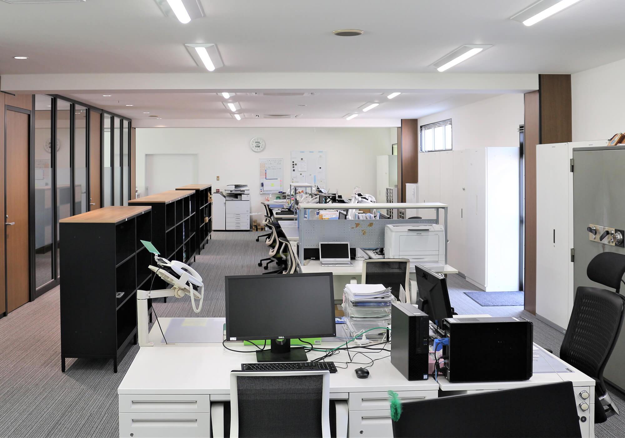 本社 オフィス