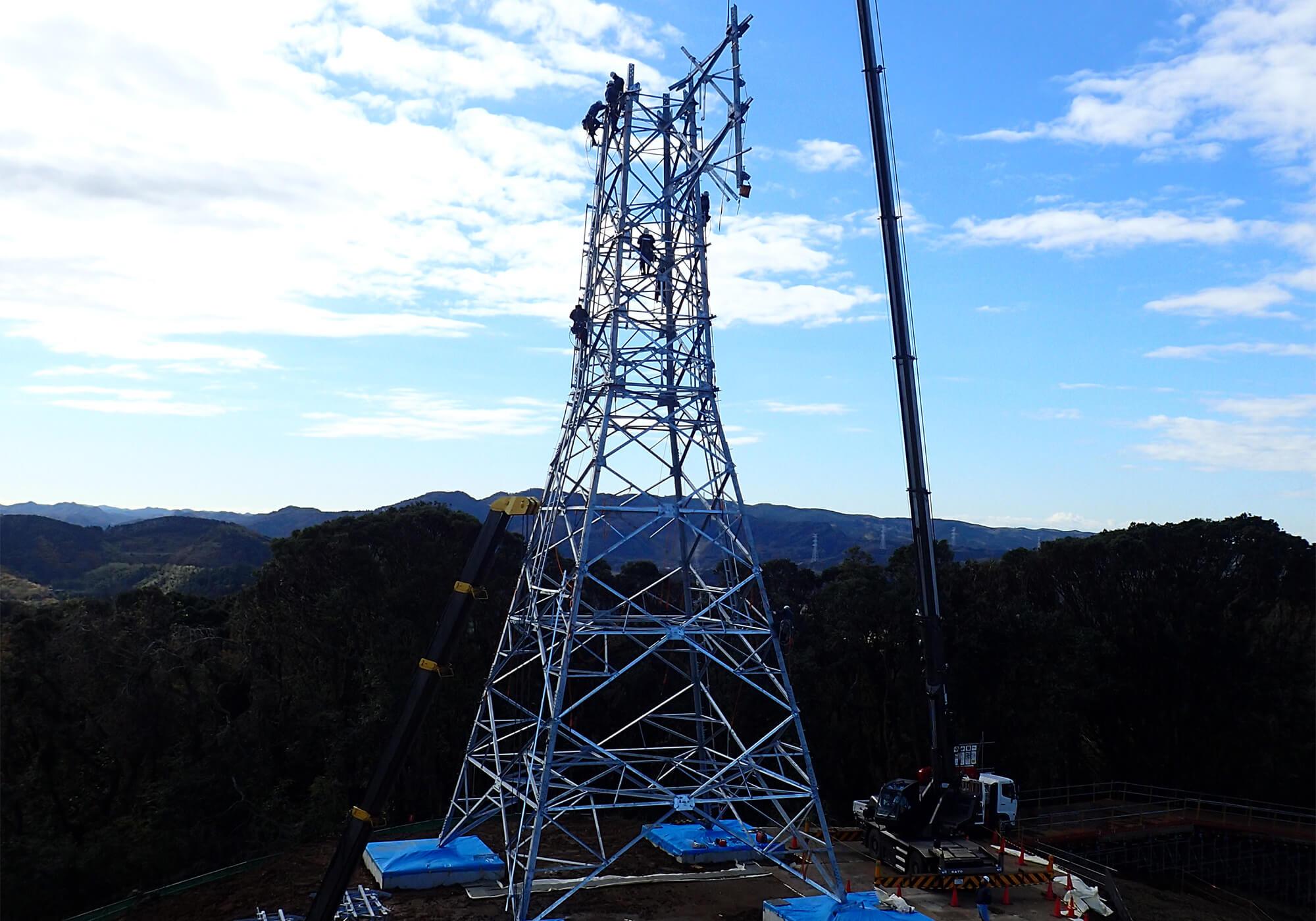 新鉄塔組立作業